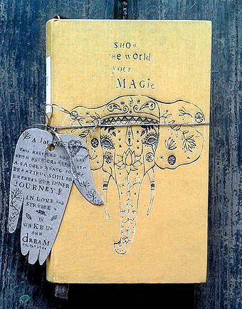 Show the world your magic journal - beige